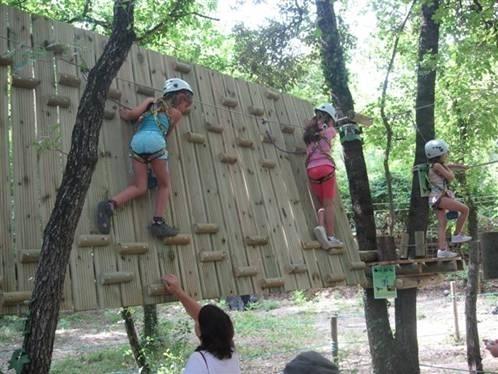 Pitchoun Forest : des parcours d'accrobranche pour vos bouts de choux